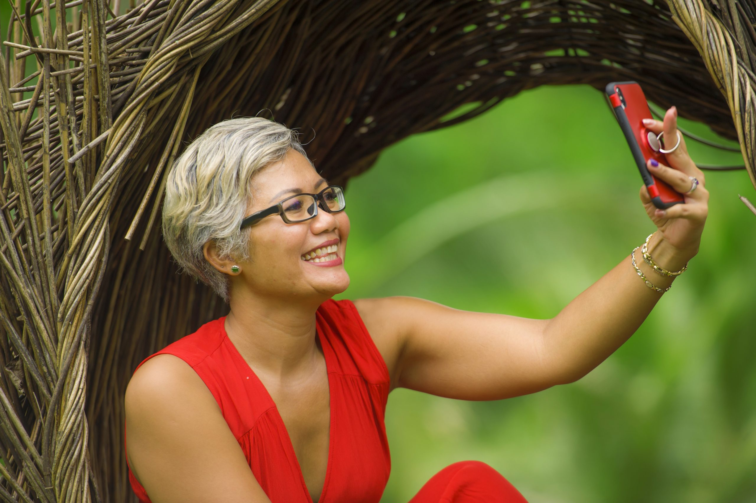 Thinking of Going Gray? Here are 3 Ways to Make Your Gray Hair Look FABULOUS